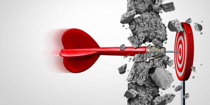 briserr un mur pour atteindre la cible