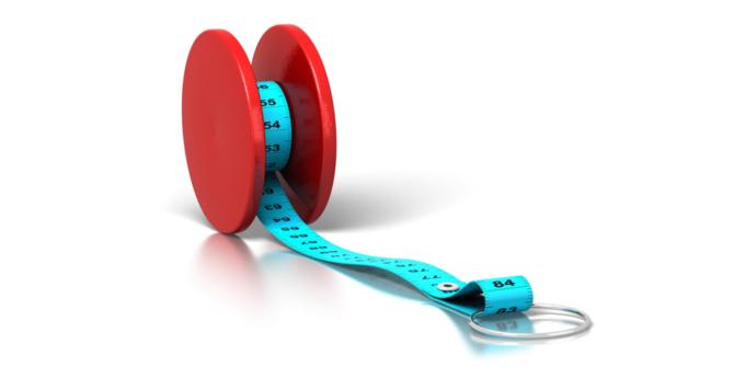 yoyo avec ruban à mesurer démontrant l'effet yoyo de la perte de poids