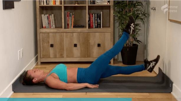 exercice du ciseaux pour les abdos