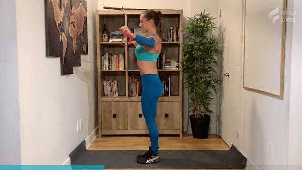 exercice du latéral raise avec élastique